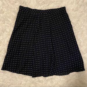 🌸 3/$25 • H&M Navy Polka Dot Skirt